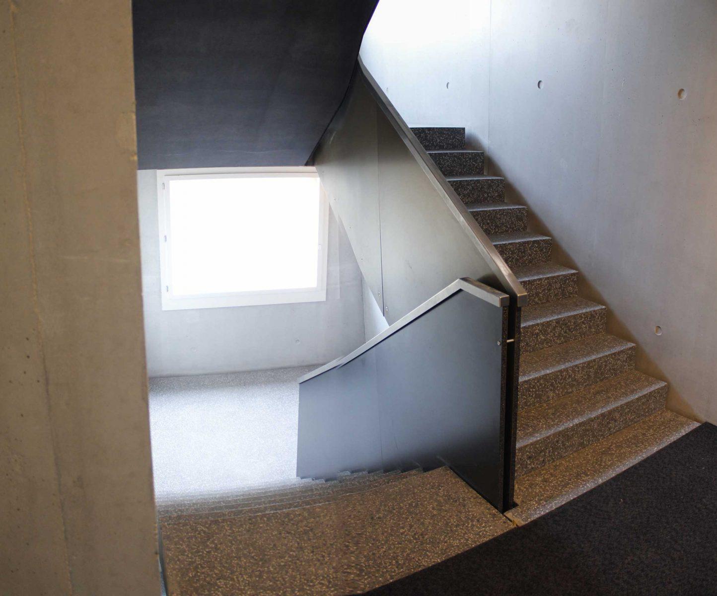 Alice-rivaz_escaliers-loc